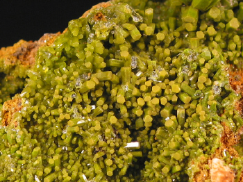 pyromorphite_phoenixville2.JPG (185900 bytes)