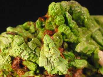 pyromorphite_zschopau3.JPG (115072 bytes)